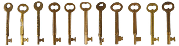 Coach Keys